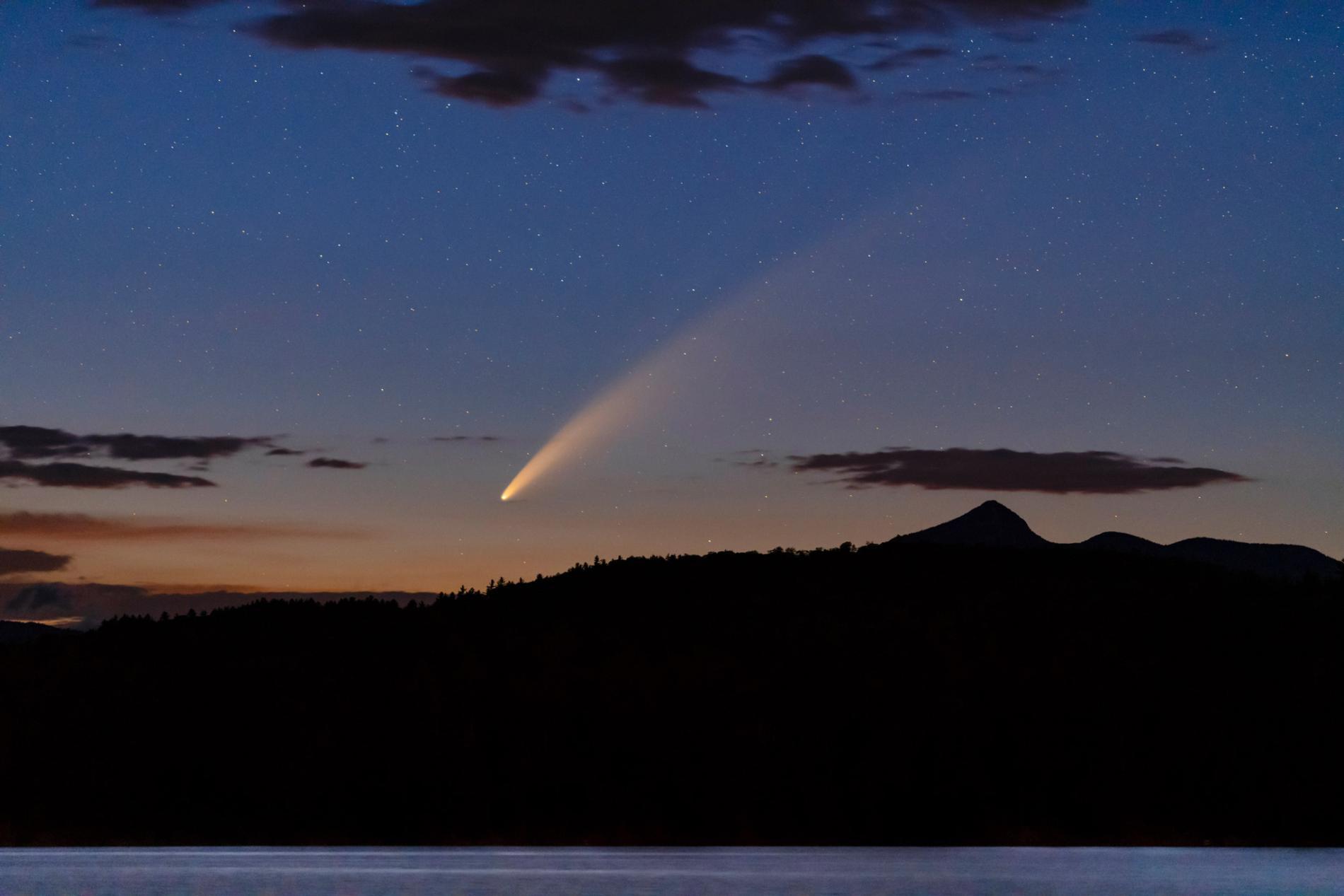 Slow Exposure Comet NEOWISE shot