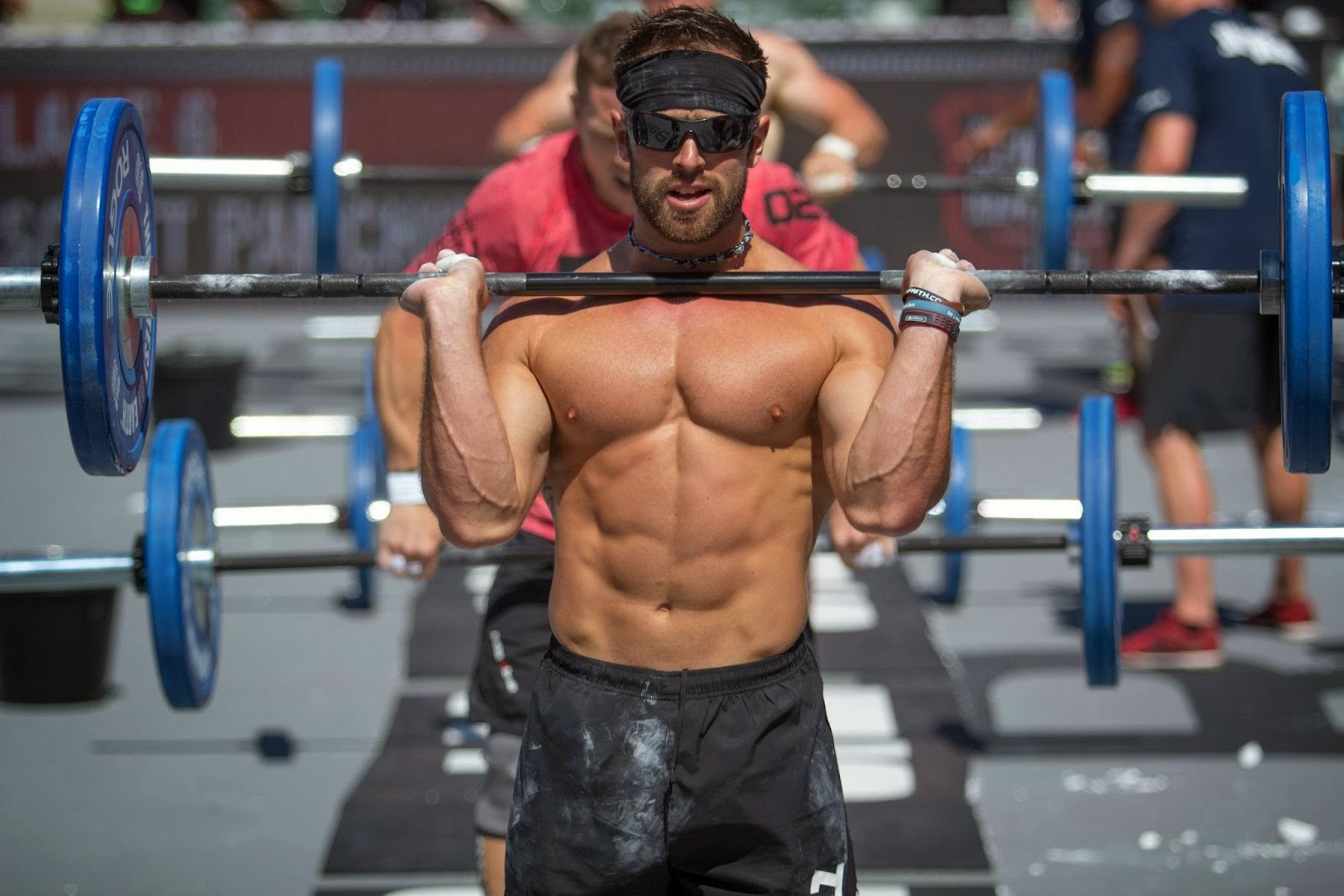 Rich Froning lifting weights