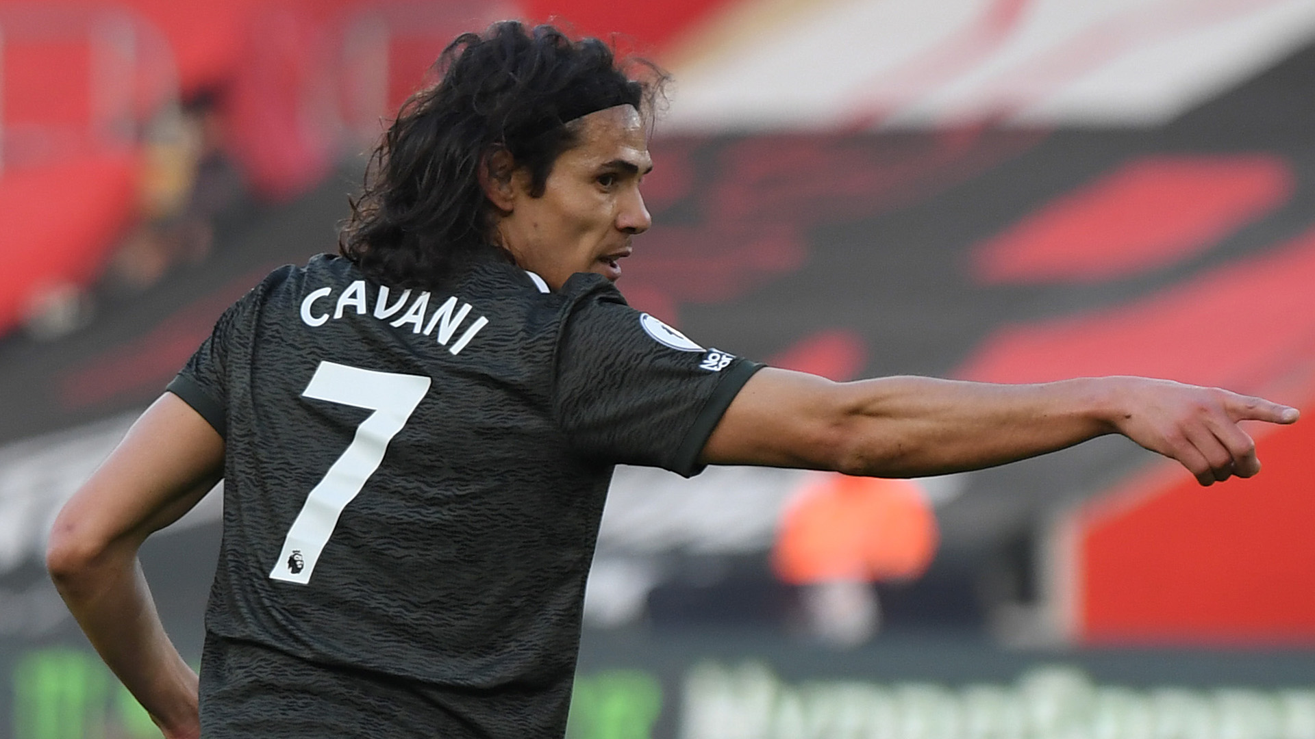 Manchester United Wants to Extend Edinson Cavani's Contract